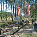 Groby pomordowanych przez faszystów