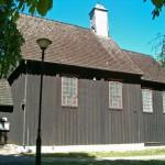 Giecz. Drewniany kościół z 1767 r.