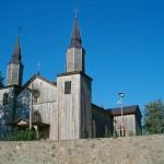 Drewniany kościół w Jeleniewie