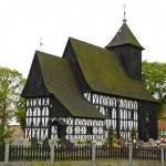 Dąbcze. Szachulcowy kościół.