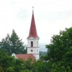 Odremontowany kościółek w Łęczu
