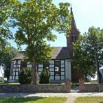 Kościół w Mostkach o konstrukji szachulcowej, wyb. 1832r
