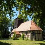 Szachulcowy kościół z drewnianą wieżą w Żelechowie. Wybudowany w 1648r.