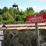Przed siedzibą dyrekcji NPN w Kurowie