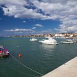 Nadbrzeże w Novalja – fanom muzyki klubowej znana też jako Ibiza Adriatyku