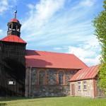 Rzeczyca – zabytkowy kościół pw. św. Bartłomieja z kamienia polnego z drewniana wieżą z 1859r.