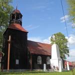 Jeziorki Wałeckie. Kościół Podwyższenia Krzyża Świętego, drewniany o konstrukcji zrębowej