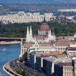 Neogotycki parlament jest udostępniony dla zwiedzających