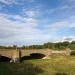 Większość mostów na Nysie została wysadzona przez Wehrmacht w 1945 r. aby utrudnić przemarsz Armii Czerwonej