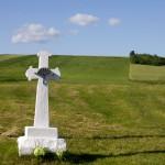 Krajobrazy przed Werchratą i charakterystyczny krzyż Bruśnieński