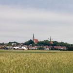 Lubiń – widoczny z daleka barokowy kościół Narodzenia NMP z 1 poł. XVIII w