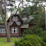 Ahlbeck – specyfikę miejscowości wyznacza jej zabytkowa, niemalże pocztówkowo-bajkowa architektura uzdrowiskowa.
