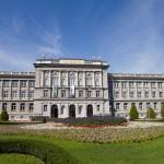 Przy Tragu Roosvelta 5 znajduje się Muzeum Mimary – w którym zgromadzone są zbiory miłośnika sztuki Ante Topicia Mimary