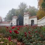 Brama wjazdowa do pałacu w Sowińcu
