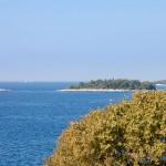 Archipelag Riwiery Rovinj składa się z 19 wysepek i skał wystających z morza.