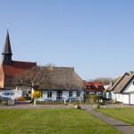 Schaprode – widok na zabudowania od strony portu