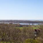 Widok z altanki na Jezioro Jasmunder i zatokę