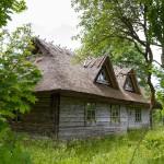 W wielu wsiach zachowały się oryginalne budynki kryte strzechą