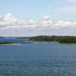 Głównym właścicielem wysp jest państwo, na drugim miejscu – miasto Helsinki. Ok. 10 procent stanowi własność prywatną