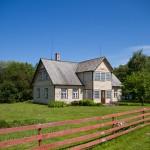 Drewniany dom … tyko ten dach