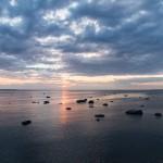 Zachód słońca w Tallinie z widokiem na Zatokę Fińską