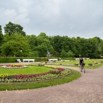 Letnia rezydencja Piotra I Wielkiego, obecnie muzeum sztuki otoczona jest przez piękne ogrody