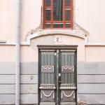 Kolejne ozdobne drzwi