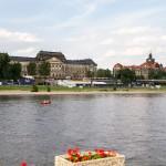 Przykład architektury neorenesansu – budynek ministerstwa finansów Saksonii dalej w głębi gmach siedziba prezydenta landu Sächsische Staatskanzlei