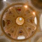 Malowidła wewnątrz kopuły