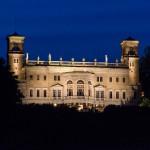 Schloss Albrechtsberg nocą