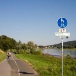 Droga rowerowa nad Łabą