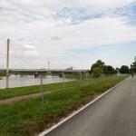 Wyremontowana nawierzchnia drogi rowerowej ElbeRadWeg