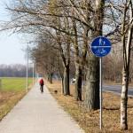 Droga rowerowa w stronę Grodziska Wielkopolskiego
