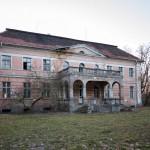 Granówko. Pałac Nieżychowskich z 1820-30. Widok od strony parkowo-ogrodowej