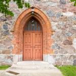 Kluczewo. Neogotycki kościół z kamieni polnych – 1856 r