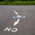 Rower z niebieskim kołem to oznakowanie szlaku
