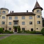 Schloss Konigsegg – obecnie w gmachu mieści się akademia medycznej kształcąca w kierunku logopedia