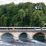 Wybudowany w1856 most kolejowy na Renie powyżej wodospadu łączący Laufen-Uhwiesen und Neuhausen. W 1950 roku most został poszerzony obustronnie o ścieżkę dla pieszych.