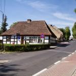 Lubniewice. Punkt informacji turystycznej w zabytkowym szachulcowym domu