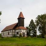 Brzeźniak. Szachulcowy kościół z XIX w