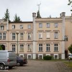 Karwice. Pałac neogotycki ob. teren j. wojskowej z ośrodkiem szkoleniowo-wypoczynkowym