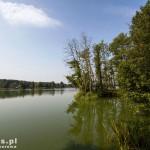 Jezioro Białe a za nim kolejne jeziora aż do Miał