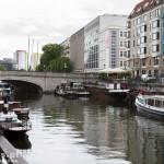Ilość kanałów i łódek w mieście robi wrażenie