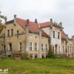 Czaplice. Dwór z XIX na terenie folwarku