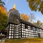 Golce. Najstarszy zachowany zabytek architektury na terenie gminy Wałcz. Kościół pod wezwaniem św. Antoniego zbudowany w 1664 r.
