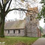 Sądów. Stary kościół z kamienia polnego z ok XVI w