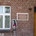 Budynek dawnej szkoły podstawowej im. Leona Masiakowskiego w Uchorowie