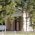 Pacholewo. Neoklasyczna kaplica z 1910 r