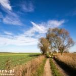 Przez pola kierunek Wyrzeka