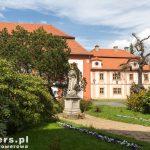 Klasztor został założony w 1234 r. istnieje nieprzerwanie do dziś. W 2006 r. zamieszkiwało go 16 zakonnic